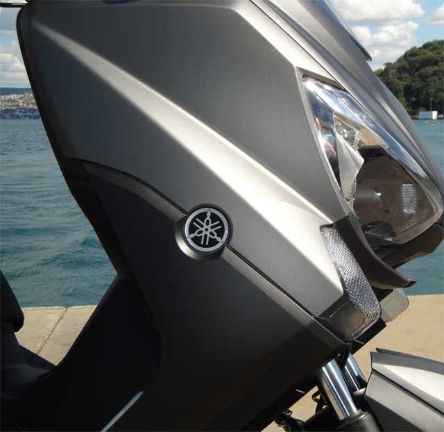 Yamaha Xmax 400 2. İçerik Fotoğrafı