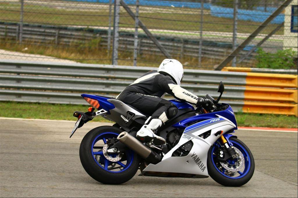 Yamaha YZF-R6'ya Brembo RCS 19 1. İçerik Fotoğrafı