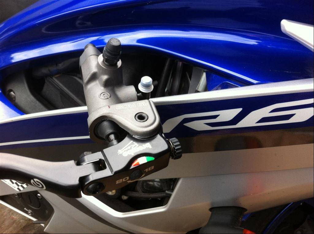 Yamaha YZF-R6'ya Brembo RCS 19 2. İçerik Fotoğrafı
