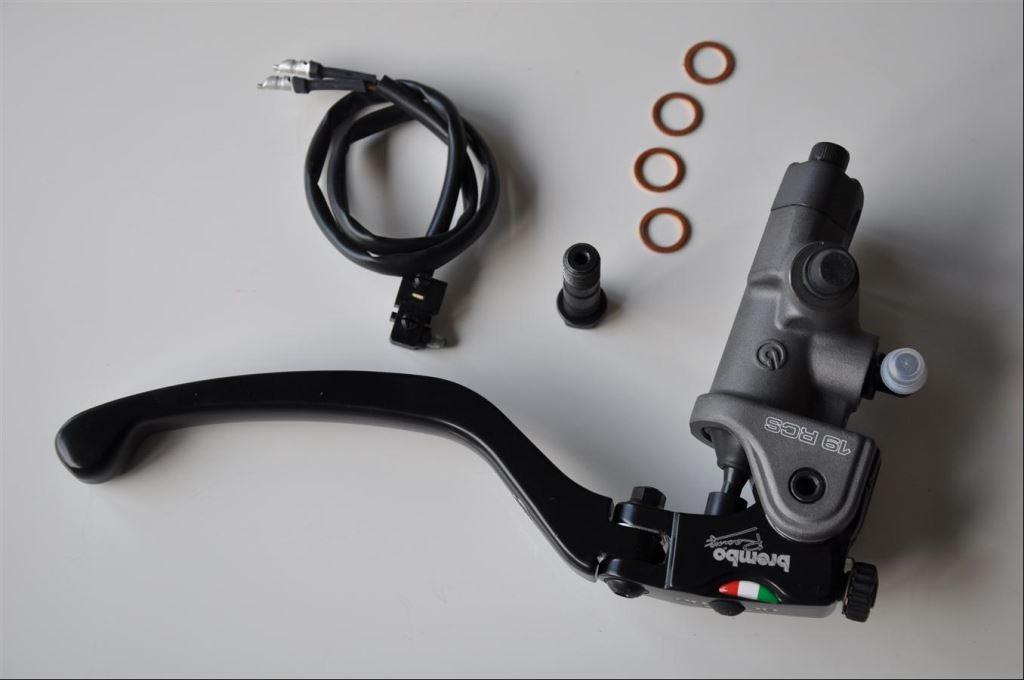Yamaha YZF-R6'ya Brembo RCS 19 4. İçerik Fotoğrafı